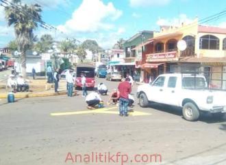 Rotulan vía publica en Comapa