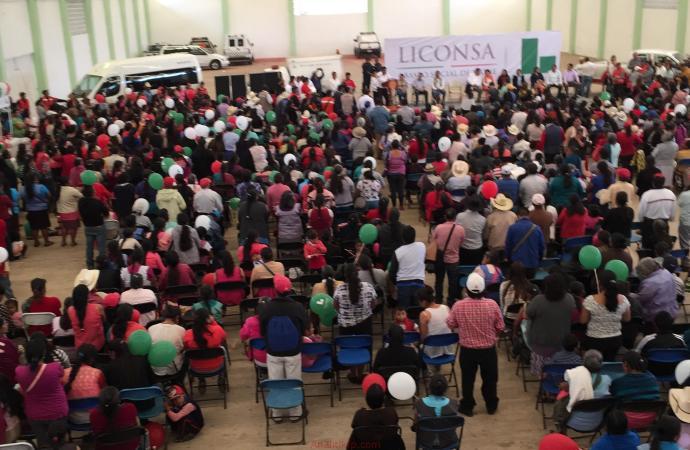 Ayahualulco respaldado por Enrique Peña Nieto