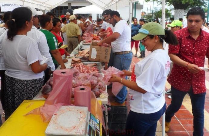 Gestiona Paco Molina 4 toneladas de carne a bajo precio ante la CNC local y estatal