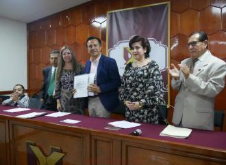 Cuitláhuac García exhortó al presidente del TSJE para que permanezcan los juzgados municipales