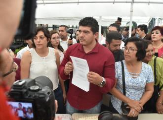 Liberan diputados de Morena entrada del Palacio Legislativo únicamente para sesión de clausura de la LXIV Legislatura local