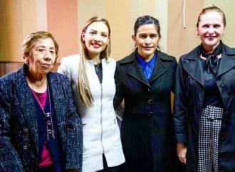 Con el Premio Estatal a la Mujer Veracruzana, el Congreso del Estado reconocerá su labor en la sociedad