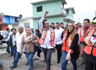 Con jornadas de atención, acerca Gobernador servicios sociales a Nautla