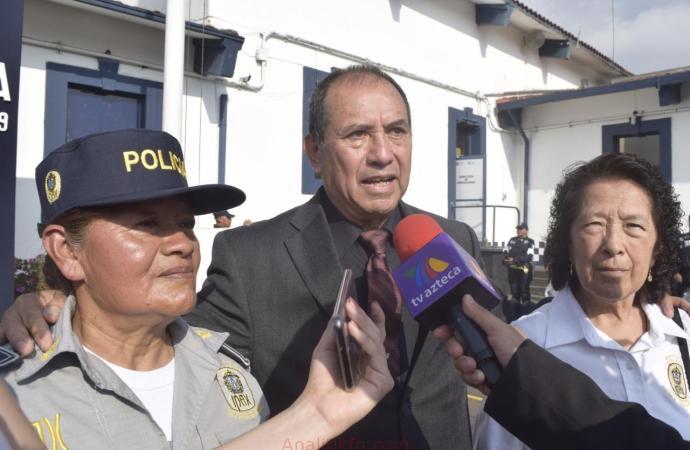 SSP Veracruz otorga reconocimiento a la perseverancia a dos mujeres del IPAX