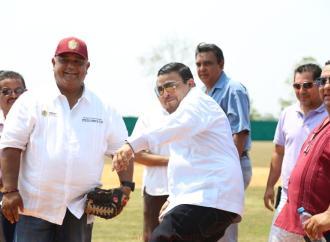Trabaja Gómez Cazarín para el mejoramiento e impulso del desarrollo de Hueyapan de Ocampo