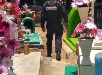 REFUERZAN SEGURIDAD EN EL PANTEÓN MUNICIPAL DE COATEPEC