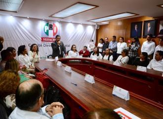 PRI Veracruz ofrece el acceso a servicios de salud a bajo costo; firma convenio de colaboración con diez empresas