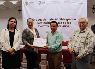 Reciben centros penitenciarios donación de libros de la CEDH