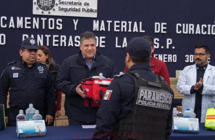 """Entrega SSP medicamentos y material de curación al Grupo """"Panteras"""""""