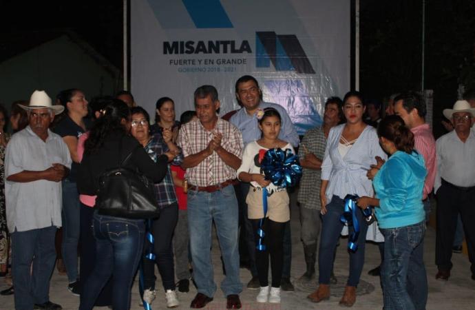 Santa Clara cuenta con primera calle pavimentada