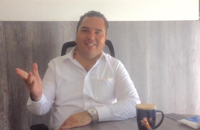 Constancia del INE a RSP en septiembre: Antonio Lagunes