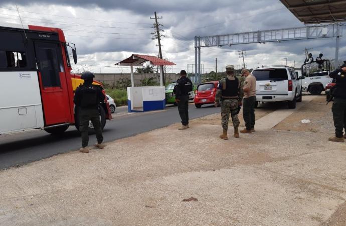 En el sur, más de 2 mil 200 dosis de droga, vehículos y armas asegurados: SSP