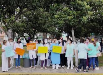 Clínica 66 jalapeña descuidados sin vacunación contra COVID