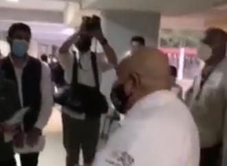 ROBERTO RAMOS ALOR UTILIZA VACUNAS A DISCRECIÓN PESE AL PLAN NACIONAL