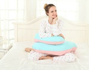 uso almohada embarazo sentada