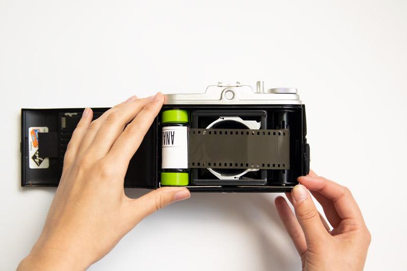 35mm film adapter tutorial, 35mm film, midden formaat camera, agfa isola 1v