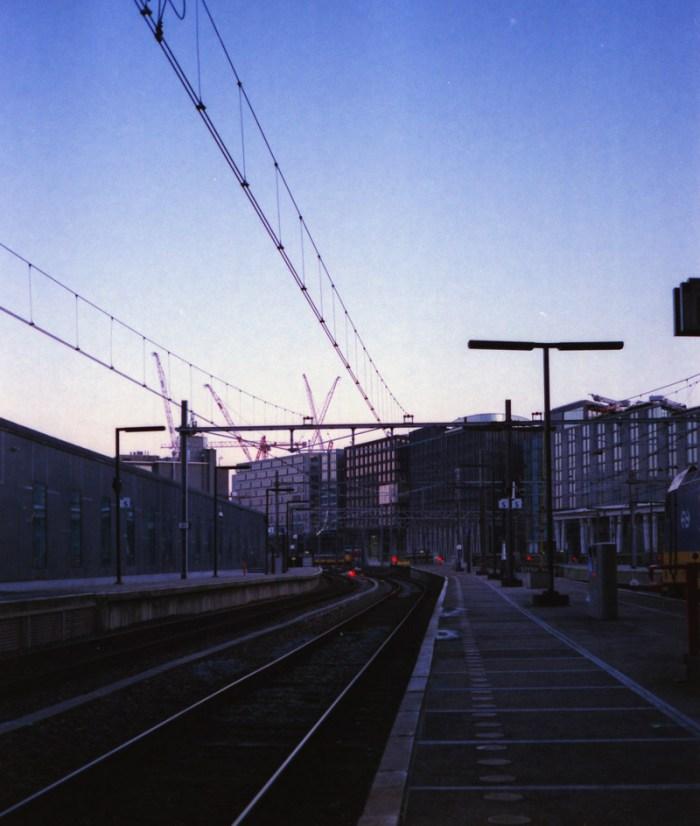 Amsterdam Station, Minolta Hi-Matic AF2, Fuji Superia Xtra 400