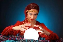 Fortune teller aka industry analyst trying to forecast the market