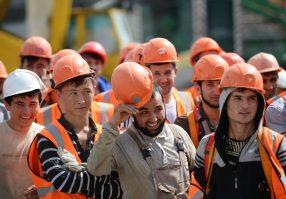 Как преодолеть существующую практику нелегальной трудовой миграции из  Таджикистана? - CABAR.asia