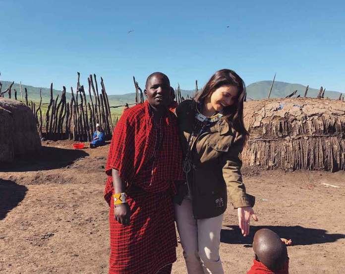 La presentadora visitó tribus de la región de Tanzania