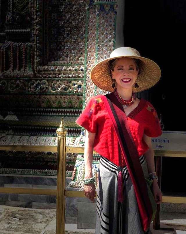 La actriz visitó el Palacio Real de Tailandia