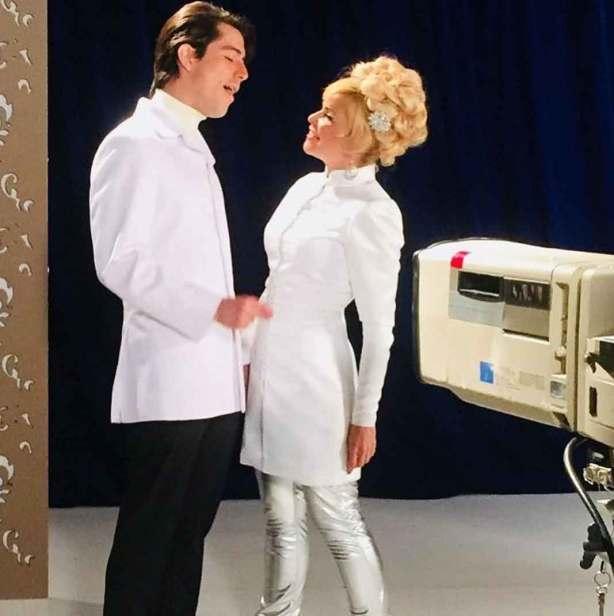 Recrearon el icónico show de televisión que Enrique Guzmán y Silvia Pinal tenían en los 70's