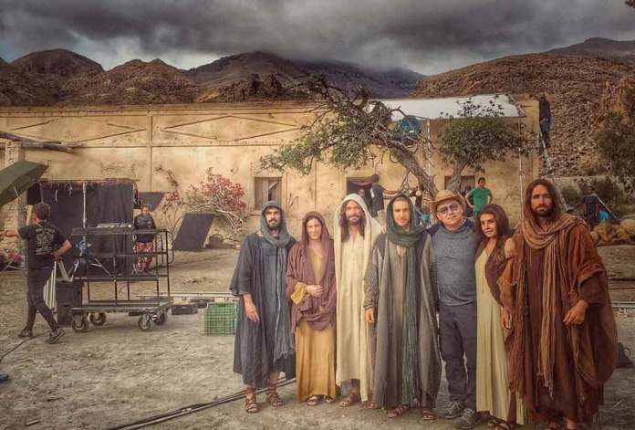 En la cinta participaron Gaby Espino, Eugenio Siller, Mayrín Villanueva y Mauricio Heano, entre otros