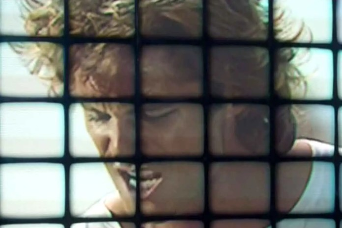"""Lusi Miguel y sus amigos aparecieron en la disco, cuando estrenaron el video """"Cuando Calienta el Sol"""""""