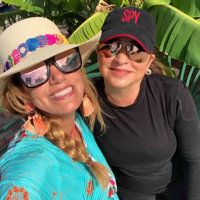 Con su talentosa tía Gloria Estefan