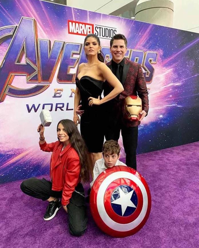 Ana Bárbara asistió a la premiere de 'Avengers' con su novio Ángel, su hijo Jerónimo y su hijastra Paula Levy