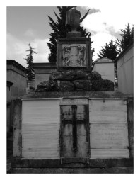 Tumba de Josefina Montoya De La Torre