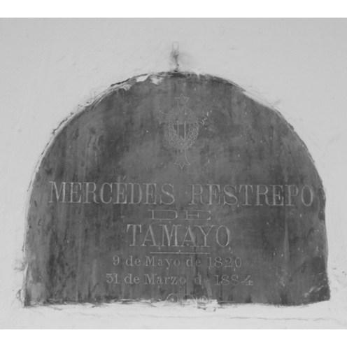 Tumba de Mercedes Restrepo De Tamayo