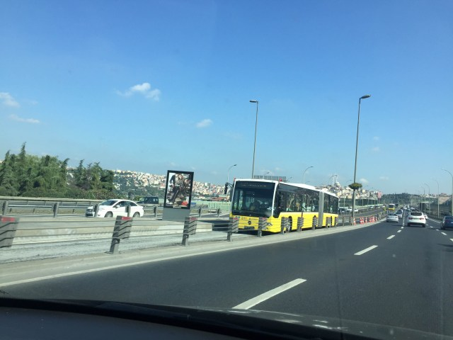 anamariapopa.com blog post turcia turkey istanbul highway bus traffic autobuz pe autostrada trafic infernal