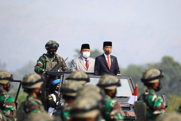 Presiden Jokowi: Komcad Penting Dukung Komponen Utama Upaya Mempertahankan Negara