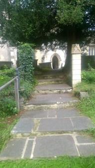 path-to-the-church