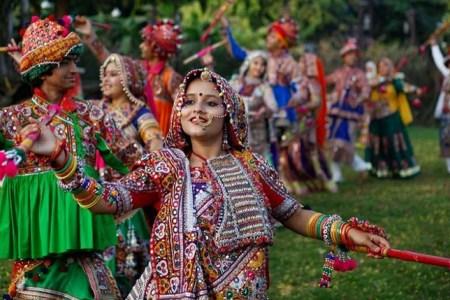 Trending Colors Of Navratri