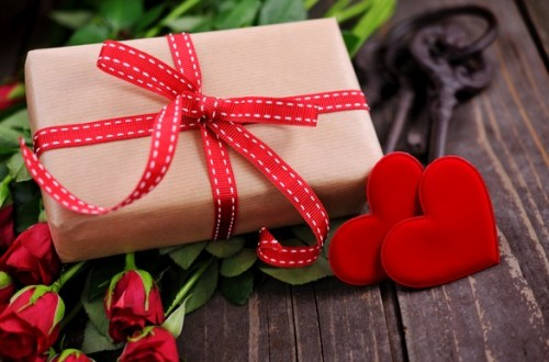 The Ultimate Valentine's Day Gift Guide For All Of YOU!