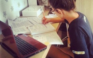 5 Easy Ways To Make Money Online For Students