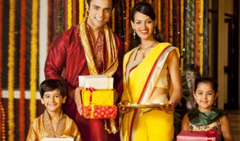 How To Keep Expenses Under Control This Diwali?