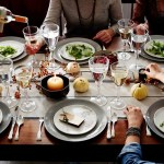 11 Things People With Good Table Manners Never Do While Dining