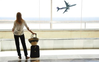 5 Imp Tips To Book Last-Minute Holiday Hotel & Flights