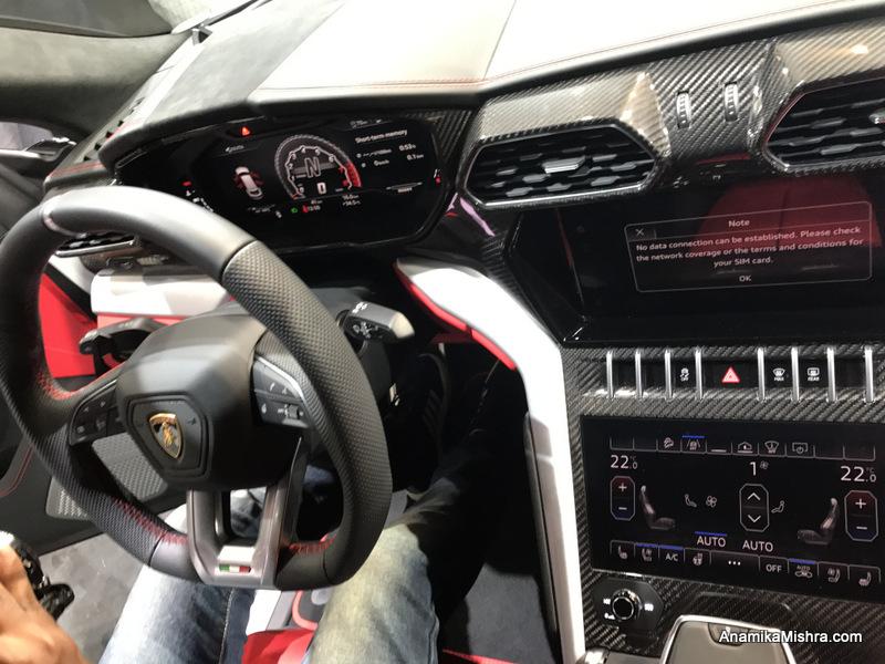 Lamborghini Urus -World's First & Fastest Super SUV