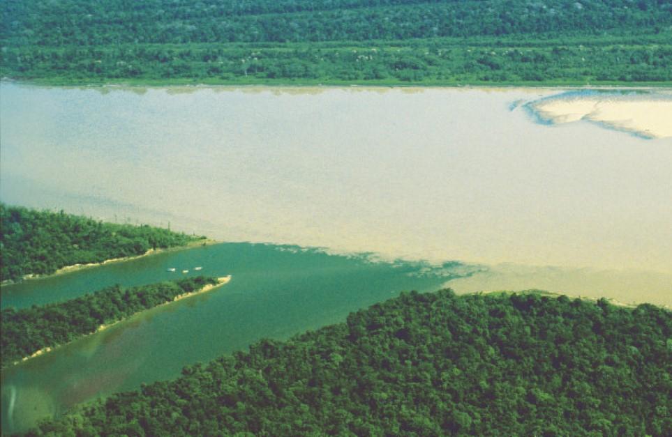 في أي الدول يقع نهر الامازون انا مسافر