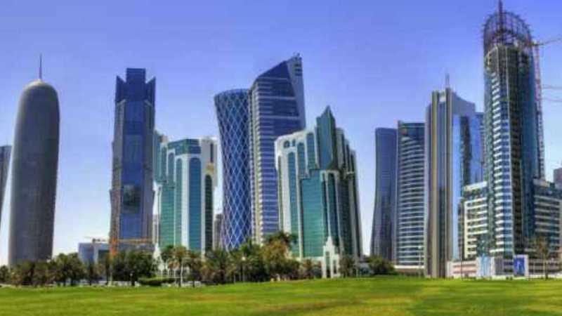 ما هي اللغة الرسمية في قطر
