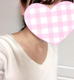 新橋キャバクラ【an_an(アンアン)】100%現役女子大生ラウンジ しお プロフィール写真