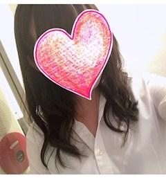 新橋キャバクラ【an_an(アンアン)】100%現役女子大生ラウンジ ゆらの プロフィール写真