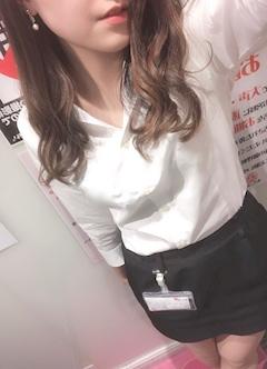 新橋キャバクラ【an_an(アンアン)】100%現役女子大生ラウンジ ふうか プロフィール写真