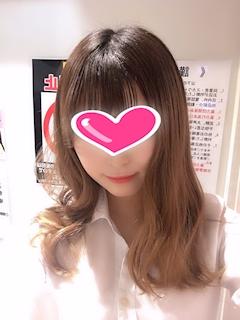 新橋キャバクラ【an_an(アンアン)】100%現役女子大生ラウンジ めぐ プロフィール写真