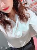 新橋キャバクラ【an_an(アンアン)】100%現役女子大生ラウンジ えみり プロフィール写真