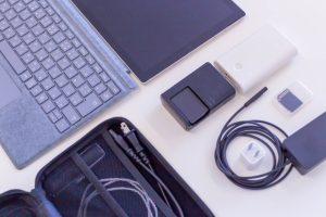 ノートパソコンと周辺機器